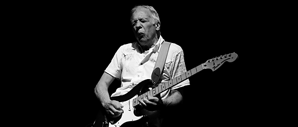 features guitars robin trower crossing the bridge of sighs. Black Bedroom Furniture Sets. Home Design Ideas